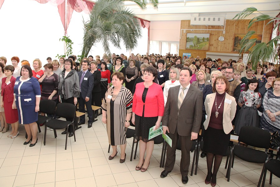 http://serpregion.ru/im1/smena/nov/2015/march/festival14.jpg